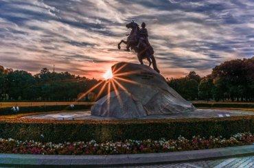 Петербург возглавил топ первомайских направлений