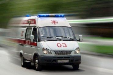 Маленький ребенок упал совторого этажа дома наНагорной улице