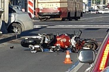 Мотоциклиста сбили наЗаневском