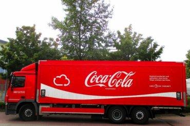 Грузовик с«Кока-Колой» угнали вШушарах
