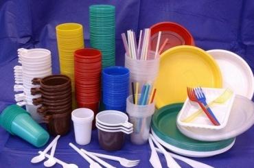 Одноразовую посуду планируют запретить вЕвропе