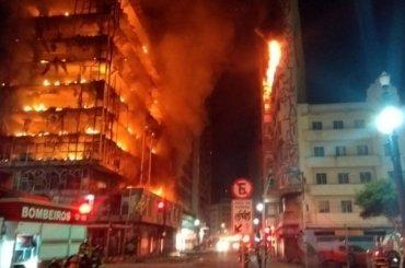 Загорелся ирухнул 26-этажный жилой дом вСан-Паулу