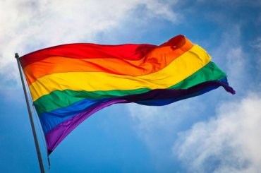 Петербургский суд поддержал Смольный вотказе митингов ЛГБТ