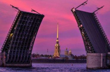 Дворцовый мост станет фиолетовым вподдержку пациентов сВЗК