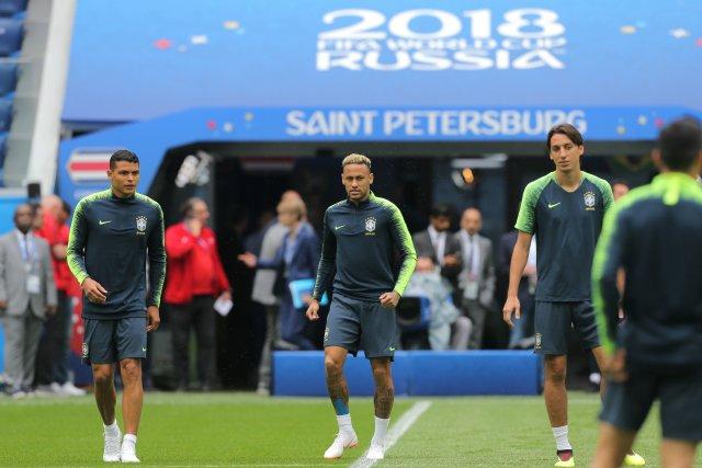 Первая тренировка сборной Бразилии в Петербурге, фото: Игорь Руссак 6