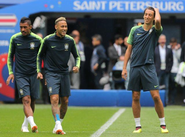 Первая тренировка сборной Бразилии в Петербурге, фото: Игорь Руссак 10
