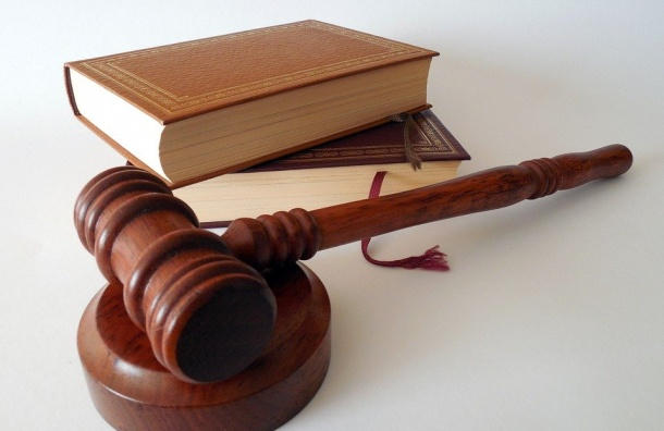 Коллаж сПутиным суд постановил уничтожить