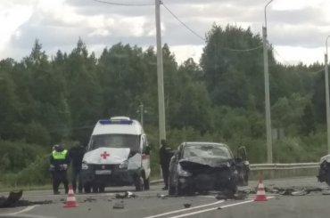 Машина скорой помощи попала вДТП вЛенобласти