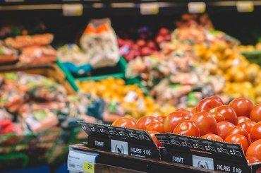 Роспотребнадзору могут позволить изымать продукты без документов