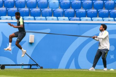 Сборная Бразилии провела первую тренировку вПетербурге