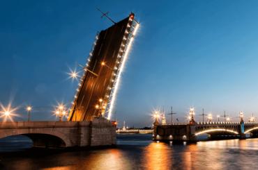 Троицкий мост меняет график разводки из-за ЧМ-2018