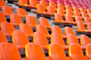 УЕФА наказал «Зенит» матчем без зрителей забеспорядки наигре с«Лейпцигом»