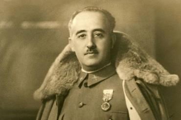 Испанцы вынесут останки Франко измавзолея изахоронят