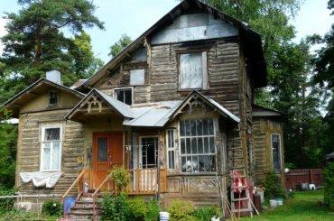 Старинный деревянный дом незаконно снесли наПарковой улице