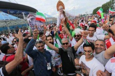 Сколько фанатов посетили матчиЧМ вПетербурге?