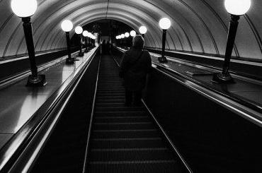 Ремонт эскалатора настанции «Московские ворота» продлили до18июня