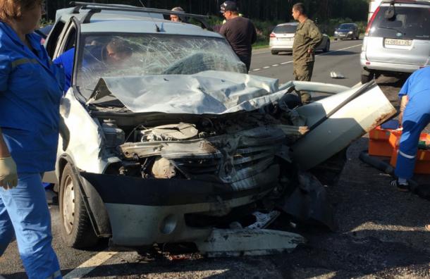 Лобовое столкновение двух авто произошло наЮжном полукольце