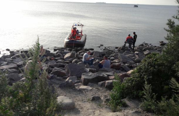 Утопленницу достали изФинского залива вПетербурге