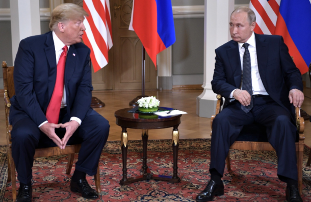 Шварценеггер сравнил Трампа навстрече сПутиным с«макарониной»