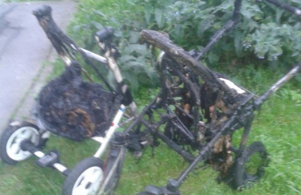 Парадная горела наМаршала Захарова вПетербурге