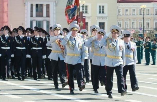 Молодые лейтенанты дадут плац-концерт наДворцовой площади