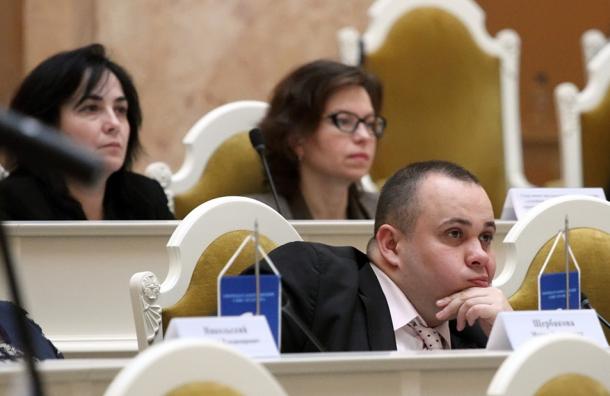 Петербургский депутат-единоросс удалил пост вподдержку пенсионной реформы
