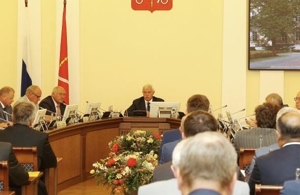 Комитет Смольного обвинили вработе сжуликами