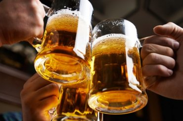 Петербург стал рекордсменом поросту продаж пива после победы над Испанией