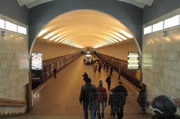 В Смольном обещают ежегодно выделять на развитие метро 50 млрд рублей