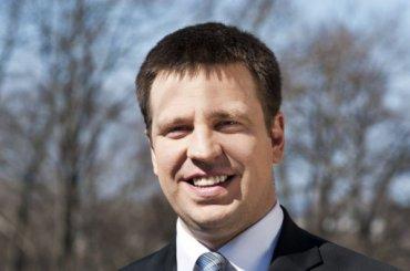 Премьер Эстонии ждет ответа НАТО на«зловредную активность» России