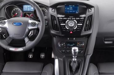 Ford Focus лидирует навторичном рынке вПетербурге
