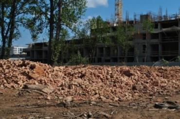 Старинные здания казарм наМалой Митрофаньевской внезапно снесли