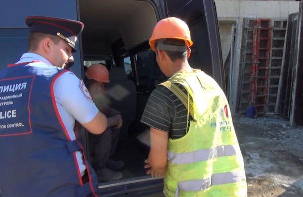 Застройщик «Приморского квартала»: унас нет нелегалов