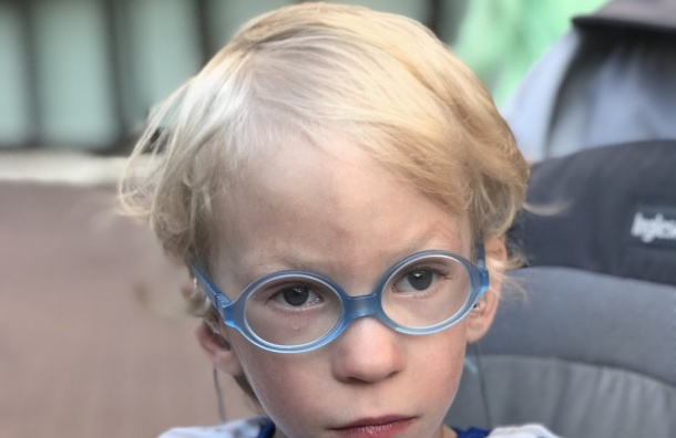 Трехлетний Иван нуждается впомощи