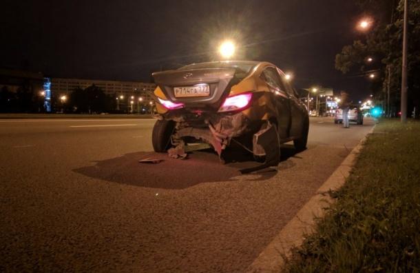 Пьяный водитель напрокатном автомобиле пытался скрыться отДПС