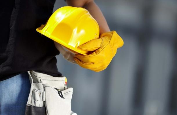 Востребованность строителей вПетербурге выросла натреть
