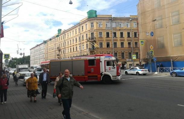 Пожарная машина врезалась втрамвай наСадовой