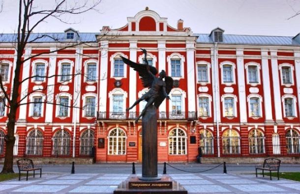 Абитуриенты зачислены уже на30% бюджетных мест СПбГУ
