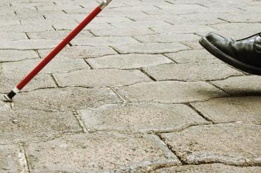 Женщина обокрала слепого вВасилеостровском районе