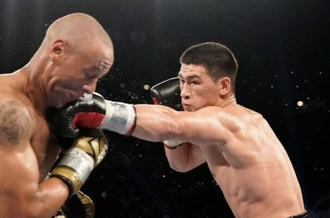Петербургский боксер отстоял титул чемпиона мира