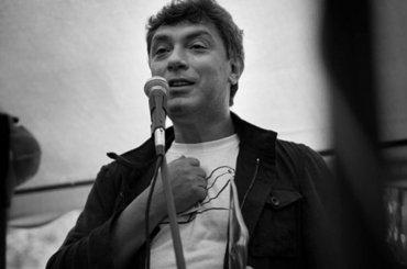 Сквер Немцова появился упосольства России вВильнюсе