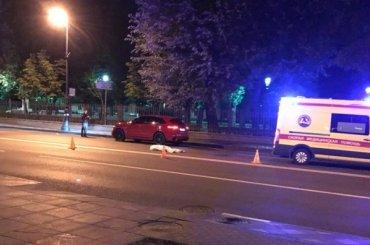 Porsche насмерть сбил пешехода вПетербурге