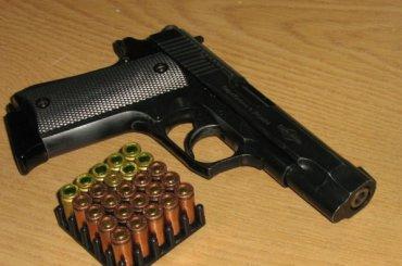Мужчина стрелял изпистолета наПетроградке