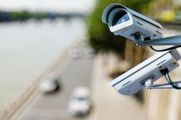 Более тысячи камер будут фиксировать нарушения ПДД вПетербурге