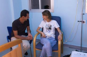 Опухоль груди обнаружили ужены сирийского президента