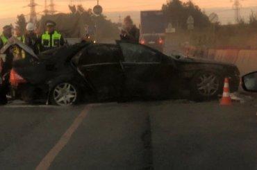 Mercedes перевернулся наМосковском шоссе, водитель погиб