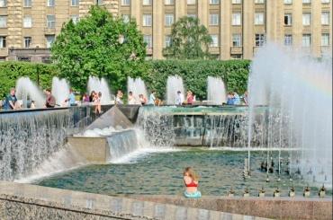 Фонтаны наМосковской площади отремонтируют за191 млн