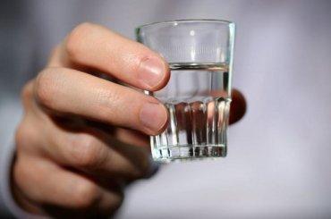 Россияне остались без дешевой водки