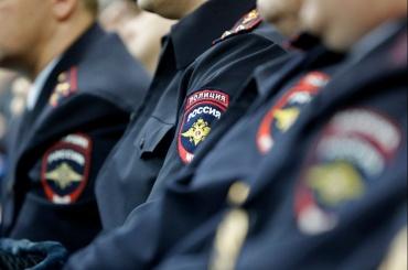 Полицейские ограбили человека, купили себе iPhone иполучили условные сроки