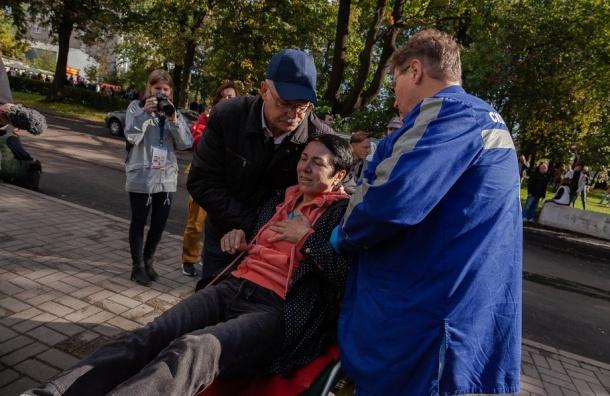 Активистку смитинга 16сентября задержали заакцию «Путин напенсионерах»